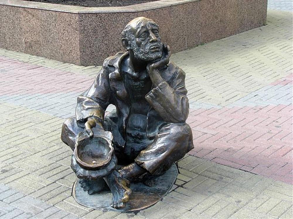 Откуда берется бедность в России