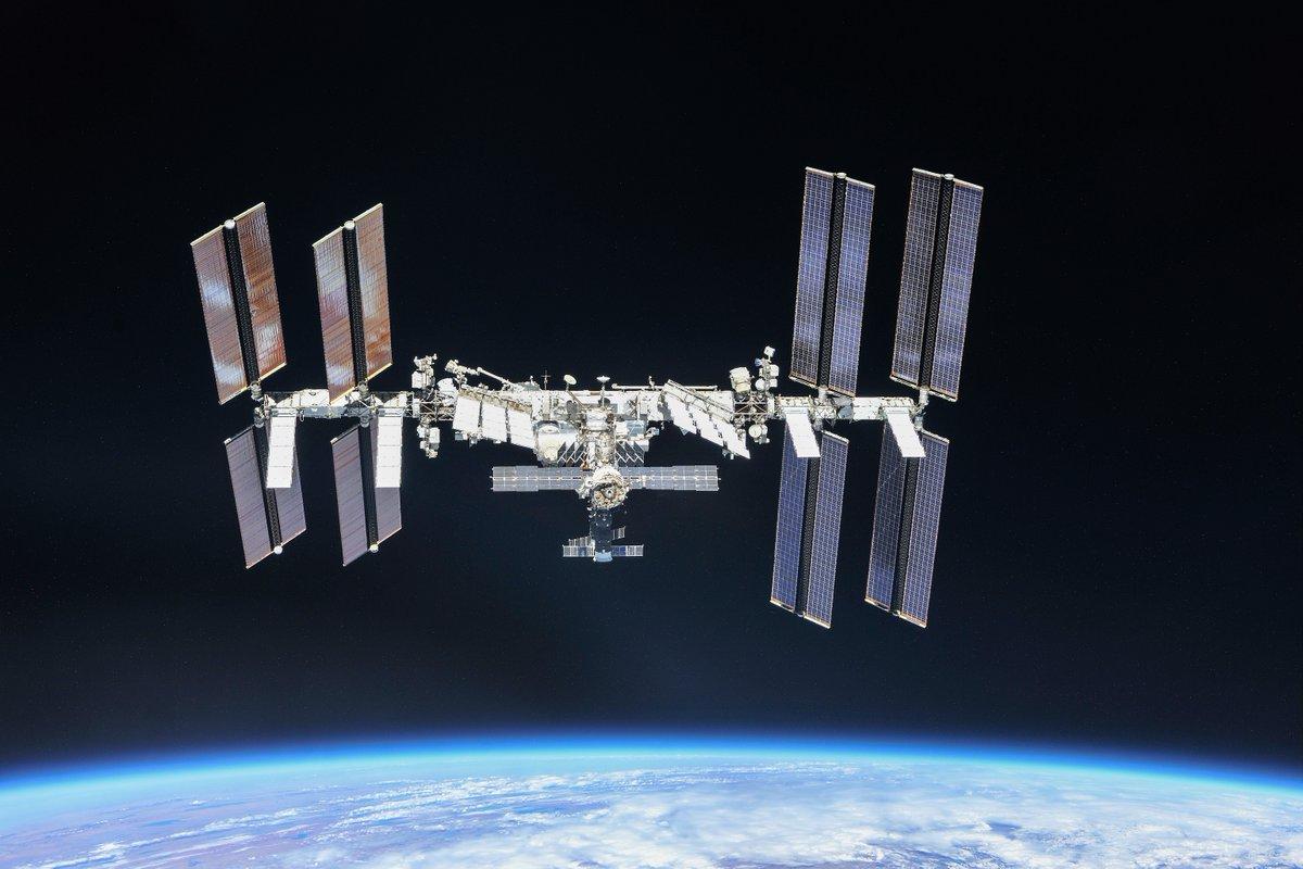 Российская орбитальная служебная станция (РОСС)
